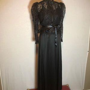 Dresses & Skirts - Womens NWT vintage 70's Black Maxi Dress & Lace